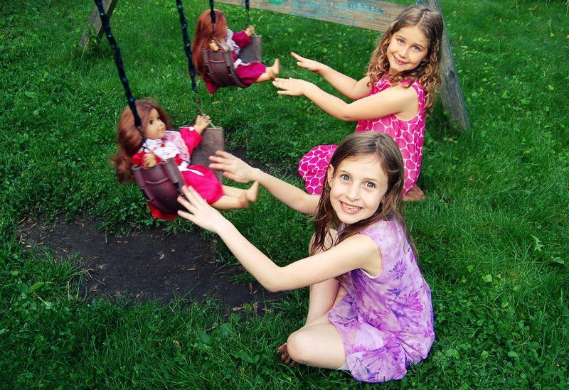 Dolls swing